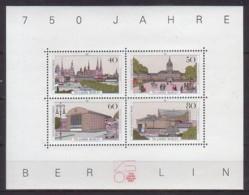 Berlin , Block 8 , Xx  (4425) - Blocks & Sheetlets
