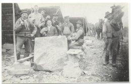 Ecaussinnes Et Son Passé - Les Tailleurs De Pierres - Un Carrière Avant 1914 - L'on Reconnaît Dans Le Groupe Odon Monfor - Ecaussinnes