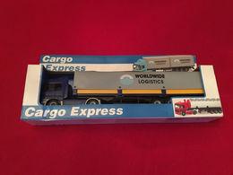 Semi-remorque WorldWide Logistic Cargo Express 1/43 - Camions, Bus Et Construction