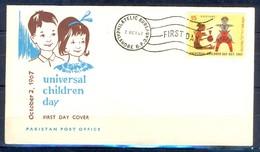 X40- Pakistan 1967. Universal Children Day. Toys. - Pakistan