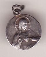 Ancienne Médaille Religieuse JESUS 3 PHOTOS Haut 14 (METAL ARGENT ,?  TTB état) - Pendentifs
