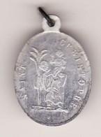Ancienne Médaille Religieuse VIERGE SAINT CHRISTOPHE Métal Alu 3 PHOTOS Haut 25 ( B état Port ) - Pendentifs