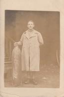 Rare Photo-carte Soldat Du 410 Avec Obus Daté Du 24 Février 1918 - 1914-18