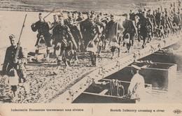 Rare Cpa Infanterie écossaisetraversant Une Rivière - 1914-18