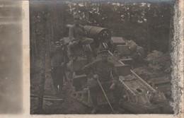 Rare Photo-carte Canon Sur Le Front En Forêt Avec Artilleurs - 1914-18