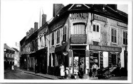 45 COURTENAY - La Rue De Villeneuve - Courtenay