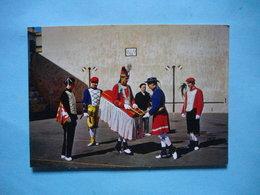 Groupe D'Art Populaire Basque : BI HARRI  -  BIARRTITZ  -  Mascarade Au Vieux Fronton  -  FOLKLORE  -  Costumes  - - Danses