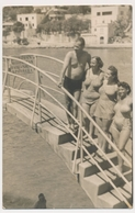 REAL PHOTO, Group  Swimsuit Women Naked Trunks Man On Beach, Femmes Maillot De Bain Homme Nu, Plage Old  ORIGINAL - Photographs