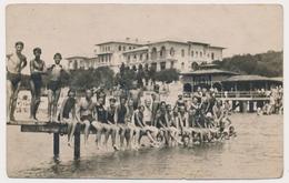 REAL PHOTO, Beach Group  Swimsuit Trunks Guys Boys Men Girls On Dock ,Hommes Filles Et Garcons Sur Plage Old  ORIGINAL - Photographs