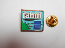 Beau Pin's En Relief , Parfum , Produit De Beauté , Tahiti - Parfum