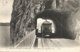 06 NICE A MONACO Tramway Sous Tunnel - Transport (rail) - Station