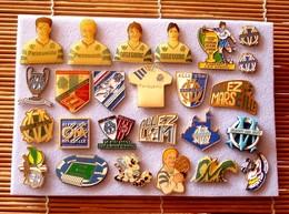 Joli Lot De 25 Pin's Foot OM, Voir Photos, Pins Pin. - Badges