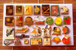 Joli Lot De 28 Pin's Tennis, Voir Photos, Pins Pin. - Badges