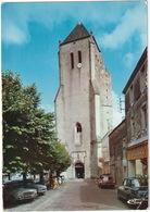 Celles-sur-Belle: FORD TAUNUS 12M P4, SIMCA ARONDE, 1500 & 1501 - L'Eglise Abbatiale Romane Notre-Dame - (Deux-Sèvres) - Toerisme