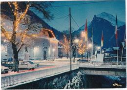Morzine: CITROËN DYANE, 2CV, RENAULT 8, SIMCA 1100 - Quartier De L'église, Le Soir - (Hte-Savoie) - Toerisme