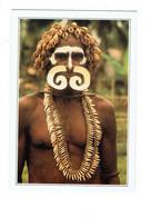 Cpm Papouasie-Nouvelle-Guinée - Homme Guerrier Asmat Cannibale Nez Percé Coiffure Végétale Poudre Coquillage Sur Visage - Papouasie-Nouvelle-Guinée