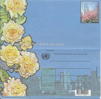 Onu, United Nations, Nations Unies,new York, Entier Postal 2001 , Aérogramme Neuf, Rose Jaune, Cerisiers En Fleurs - New-York - Siège De L'ONU