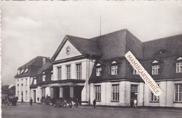 SARREBOURG - Dépt 57 - La Gare - Voitures - Sarrebourg