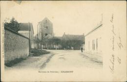45 CHARMONT   / Rue Vers église / - France