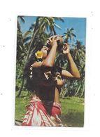 10958 - CPA TAHITI : Jeune Femme Seins Nus, - Tahiti