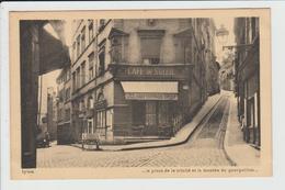LYON - RHONE - 5ème ARRT - LA PLACE DE LA TRINITE ET LA MONTEE DU GOURGUILLON - Lyon