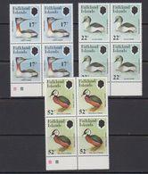 Falkland Islands 1984 Grebes 3v Bl Of 4 ** Mnh (41473D) - Falklandeilanden