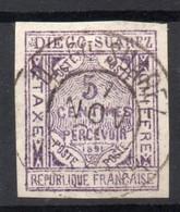 !!! PRIX FIXE : DIEGO SUAREZ, TAXE N°1 OBLITEREE SIGNEE CALVES - Diego-suarez (1890-1898)