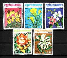 496a * KAMPUCHEA * 5 AUSGABEN BLUMEN * GESTEMPELT **!! - Pflanzen Und Botanik