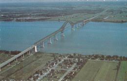 Pont Laviolette Qui Enjambe Le St-Laurent Entre Ville Becancour Et Trois-Rivières - Trois-Rivières