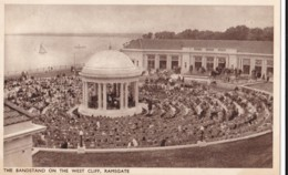 AQ98 The Bandstand On The West Cliff, Ramsgate - Crowds, Performers - Ramsgate