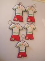 Lot De 5 Porte-clés -Equipe De Football Algerienne. - Porte-clefs