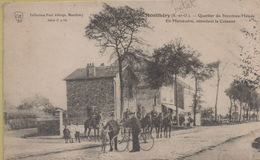Montlhéry : Quartier Du Nouveau Monde - En Manoeuvre, Attendant La Colonne - Montlhery