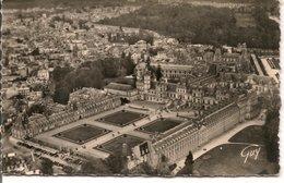 L15H152 - En Avion Sur Fontainebleau - Vue D'ensemble Du Palais - Guy N°978 - Fontainebleau