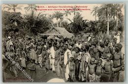 52229841 - Dahomey Volkstypen Huette - Benin