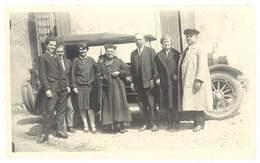 Photo Belle Automobile ( Isotta Fraschini ? ) Et Chauffeur ?, Curé, Prêtre - Automobiles