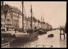 KOBENHAGEN  - PARTI FRA NYHAVN - Danemark