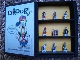 SERIE De 9 FEVES - COFFRET DROOPY  Neuves Sous Emballage - Cartoons
