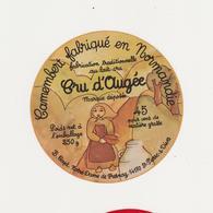 ETIQUETTE DE CAMEMBERT  B. CAPT NOTRE DAME DE FRESNAY 14 - Fromage