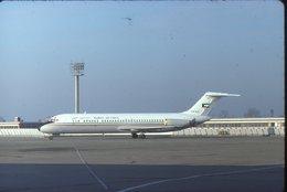 SLIDE / AVION / AIRCRAFT   KODAK  ORIGINAL     KUWAIT AIR FORCE  DC 9  KAF 320 - Diapositives