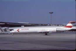 SLIDE / AVION / AIRCRAFT   KODAK  ORIGINAL     AUSTRIAN  MD 80  OE-LDV - Diapositives