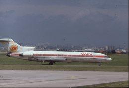 SLIDE / AVION / AIRCRAFT   KODAK  ORIGINAL    IBERIA  B 727  EC-CBM - Diapositives