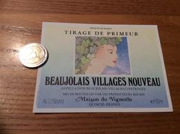Etiquette Vin « BEAUJOLAIS VILLAGES NOUVEAU - Maison Du Vigneron - QUINCIÉ (69)» (Illustration NESME) - Beaujolais