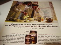 ANCIENNE PUBLICITE PREMIER RAYON DE SOLEIL PREMIER PLAISIR  NESCAFE   1965 - Affiches