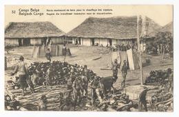 Belgisch Congo Belge Noirs Réunissant Du Bois Pour Le Chauffage Des Vapeurs Carte Postale Ancienne EP Oude Postkaart - Belgian Congo - Other