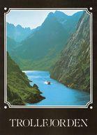 1 AK Norwegen * Der Trollfjord - Ein Seitenarm Des Raftsunds - Er Trennt Die Norwegischen Regionen Lofoten U. Vesterålen - Norwegen