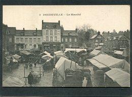 CPA - DOUDEVILLE - Le Marché, Animé - France