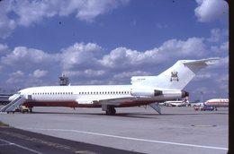 SLIDE / AVION / AIRCRAFT   KODAK  ORIGINAL  B 727 VIP  V8-UHM - Diapositives