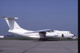 SLIDE / AVION / AIRCRAFT   KODAK  ORIGINAL  JAMAHIRIA AIR TRANSPORT  IL 76  5A-DNJ - Diapositives