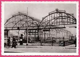 "Cp Dentelée - Verwoest Rotterdam 1940 - G Station "" MAAS "" Gezien Vanaf Het Plantsoen Oosterkade - Gebr. SPANJERSBERG - Rotterdam"