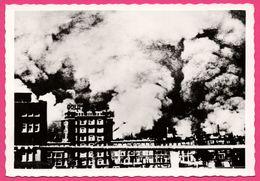 Cp Dentelée - Verwoest Rotterdam 1940 - N Rotterdam Brandt - Bombardement - Incendie - Gebr. SPANJERSBERG - Rotterdam